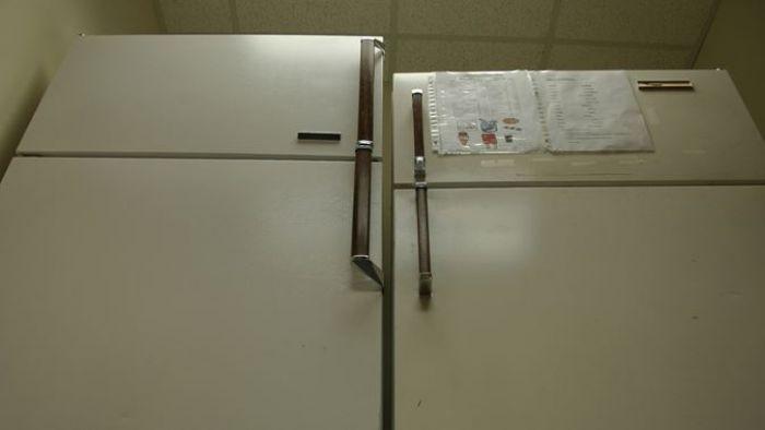 狂!阿嬤的冰箱驚見「十多年肉排」 網:思念之情溢出