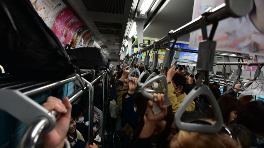 JR埼京線驚見「癡漢集團」!妙齡女遭包圍撫摸20分鐘