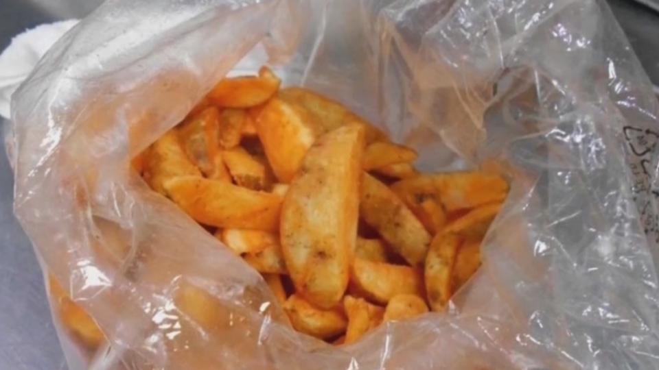 不只1起! 摩斯脆薯停賣3年 開賣又爆「綠薯條」