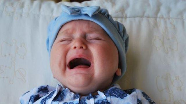 孩子公共場所哭不停?試試這「10招」安撫技巧