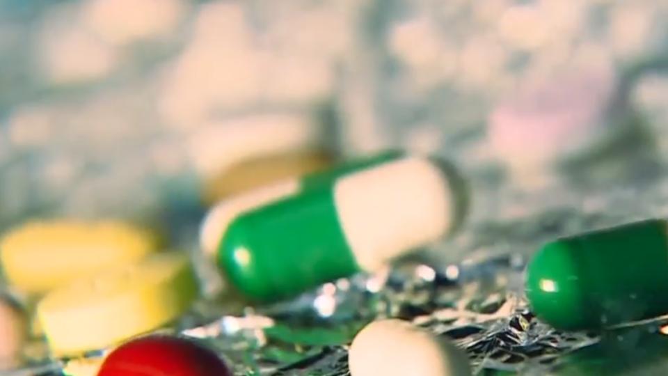 國外帶藥回台PO網 有「販售意圖」恐關7年罰1億