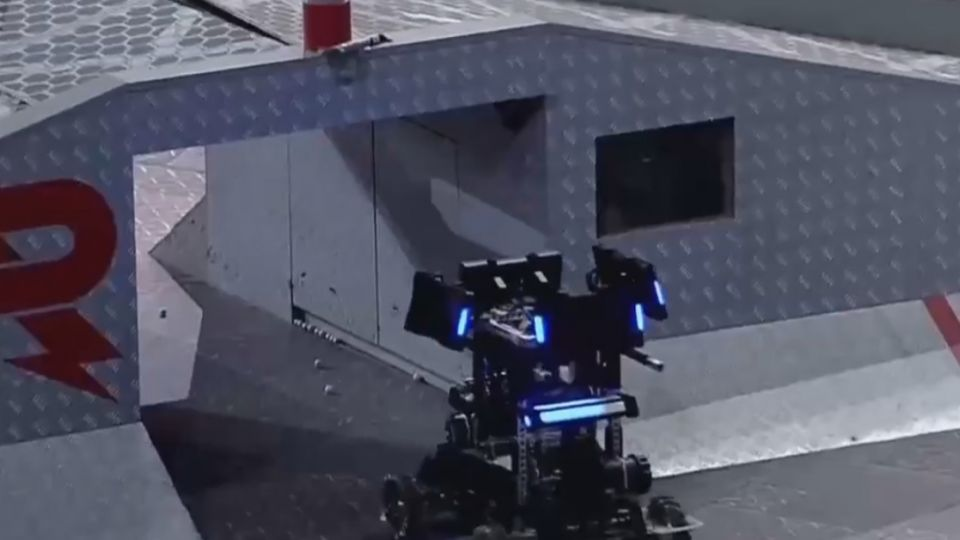 機器人界的F1競技場!金頭腦大學生熱血格鬥