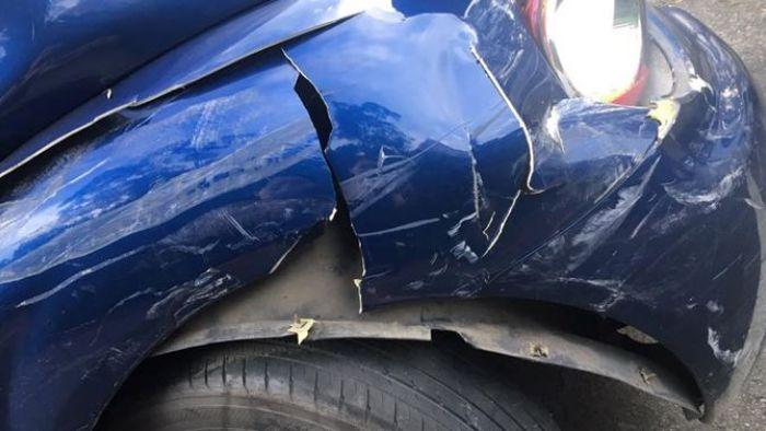 扯!三寶女撞壞整排車 談賠償卻稱自己「低收」哭窮