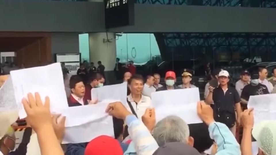 「退休消防」吳萬固組彰化軍公教聯盟 多次抗議