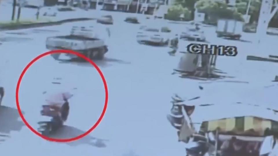 婦遭貨車追撞亡 女兒找到畫面轟司機說謊