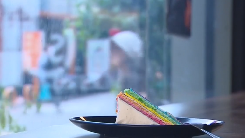 星女大難不死 催生「彩虹蛋糕」賣幸福
