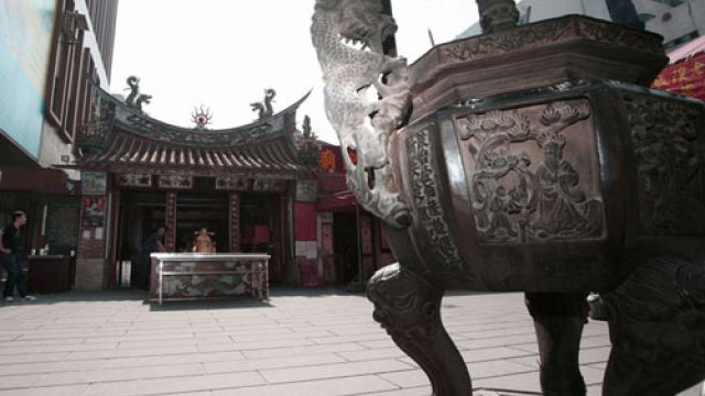 每年6000對伴侶配對成功!解密霞海城隍廟「香火最旺」真相
