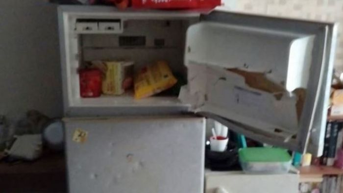 一開冰箱就爆炸!女子多處割傷 兇手疑為「這個東西」