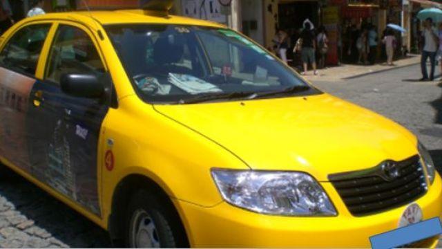 計程車後車廂驚見「女人雙腿」!警方查獲…真相竟有洋蔥