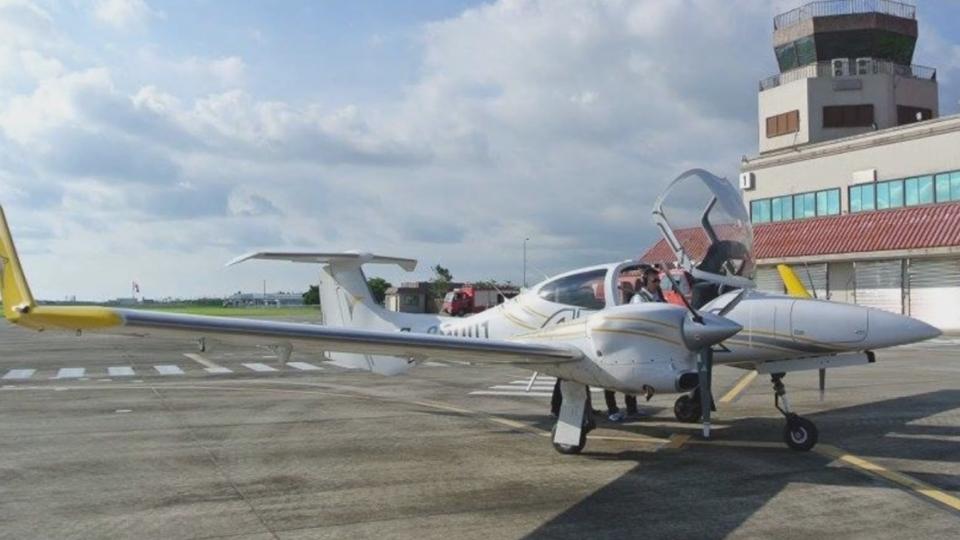 3年終於等來「一架飛機」 恆春機場員工興奮合影