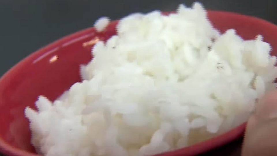 牛麵店不單賣白飯! 麵、小菜煮好 客也不要了