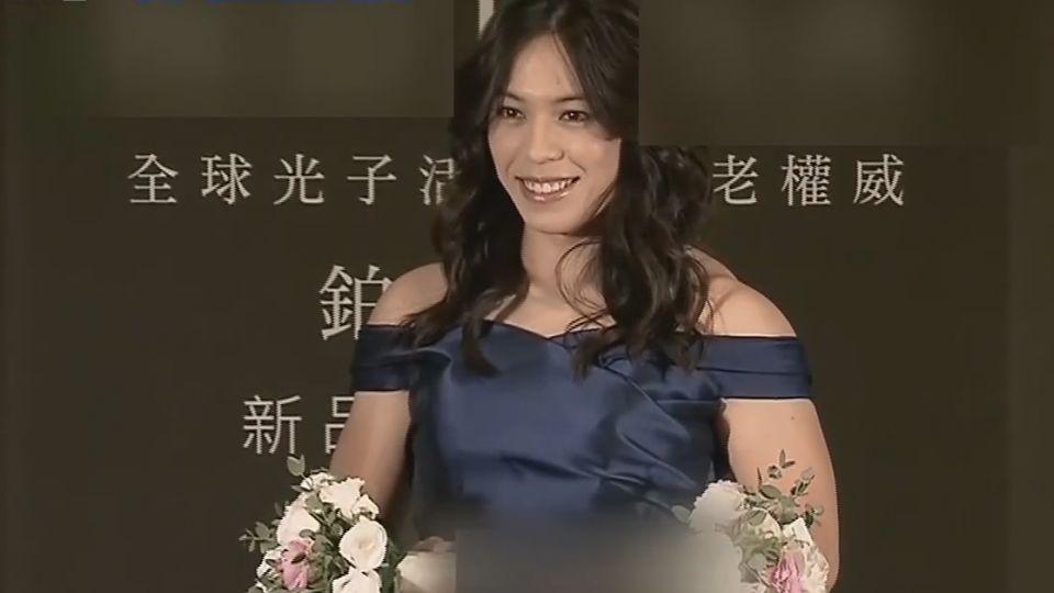 驚豔!郭婞淳代言活動 化身女神小露香肩