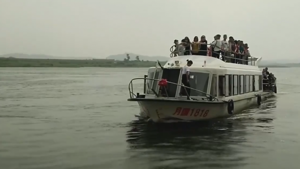 中朝友誼受影響? 遊客不怕搭船看北韓