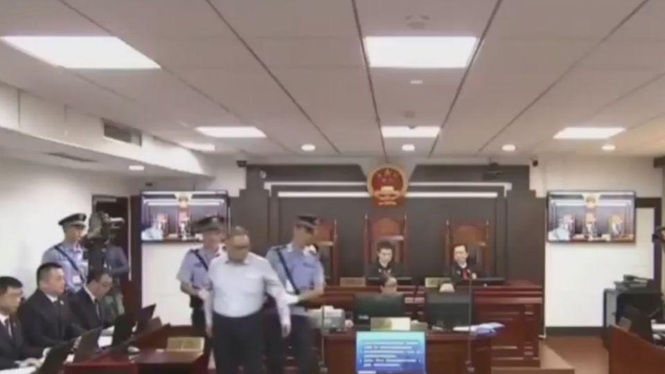 被押近半年遭控「顛覆陸政權」 李明哲當庭認罪