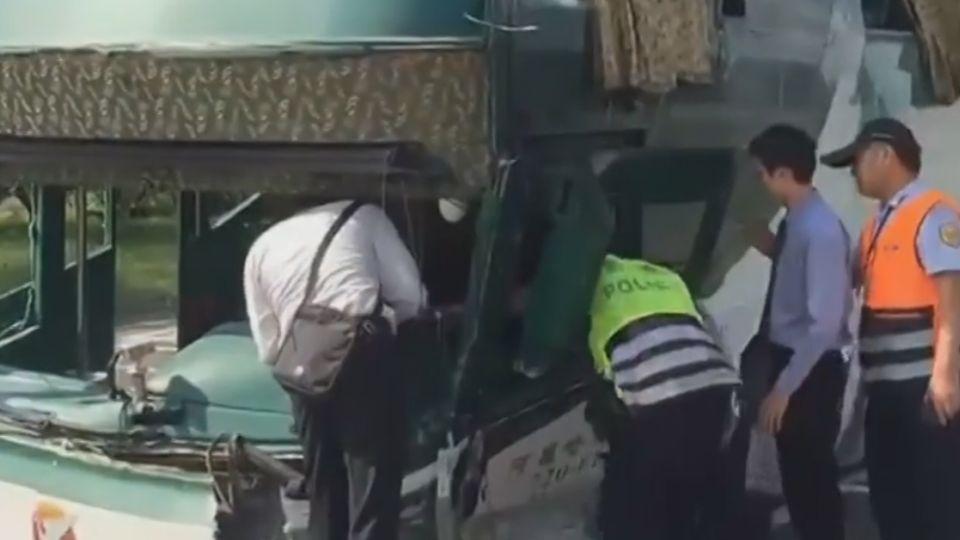6死車禍怎麼發生? 3D還原車禍撞擊瞬間