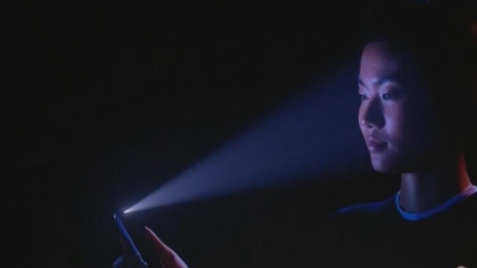 蘋果十年紀念新機iPhoneX 果迷驚艷