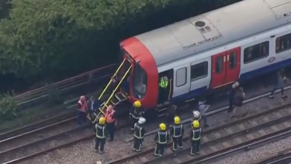 英國倫敦地鐵爆炸20人傷 警方定調「恐攻」