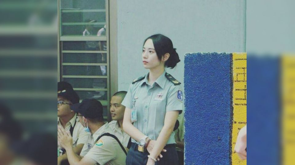 清新又甜美!國軍女士官長太正 網友暴動:想簽下去了!