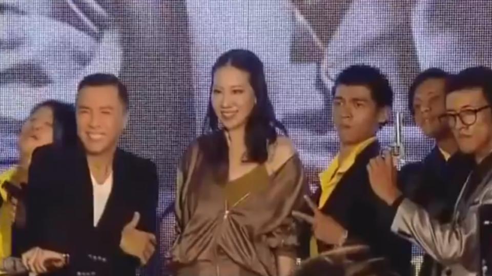 「追龍」首映會 甄子丹偕老婆來台宣傳