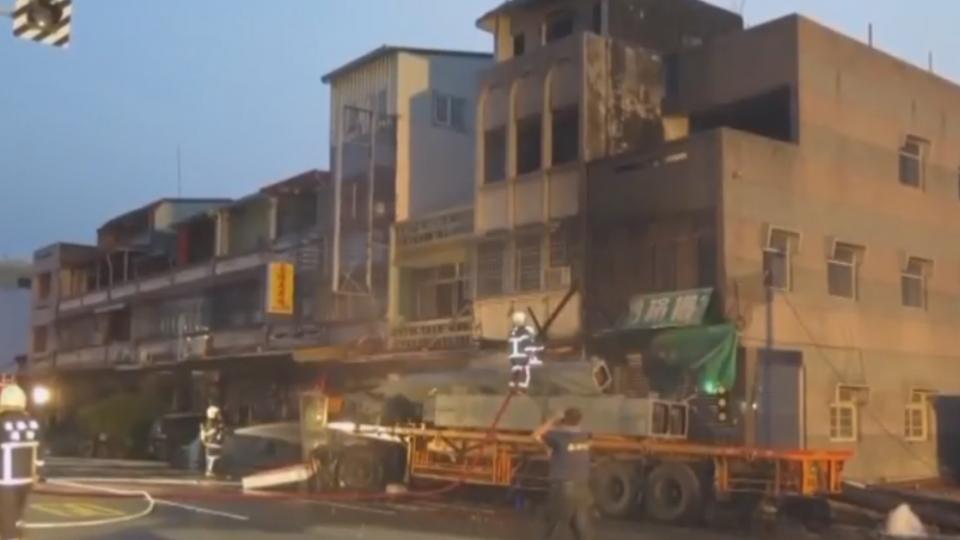 「眼前閃過黑影」 拖板車失控撞民宅燒成火球