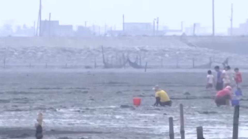 挖文蛤被亮刀恐嚇?遊客私闖養殖區爆口角