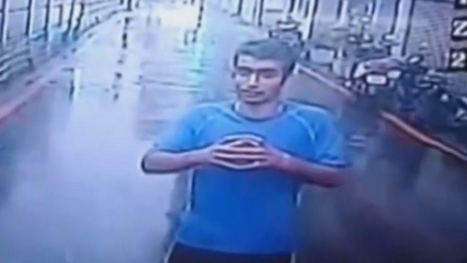 不滿路中禱告遭趕 伊朗男揮拳毆司機襲警
