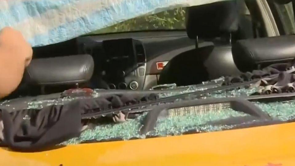 回收車停車場遭開槍 惡煞再持棍棒砸車