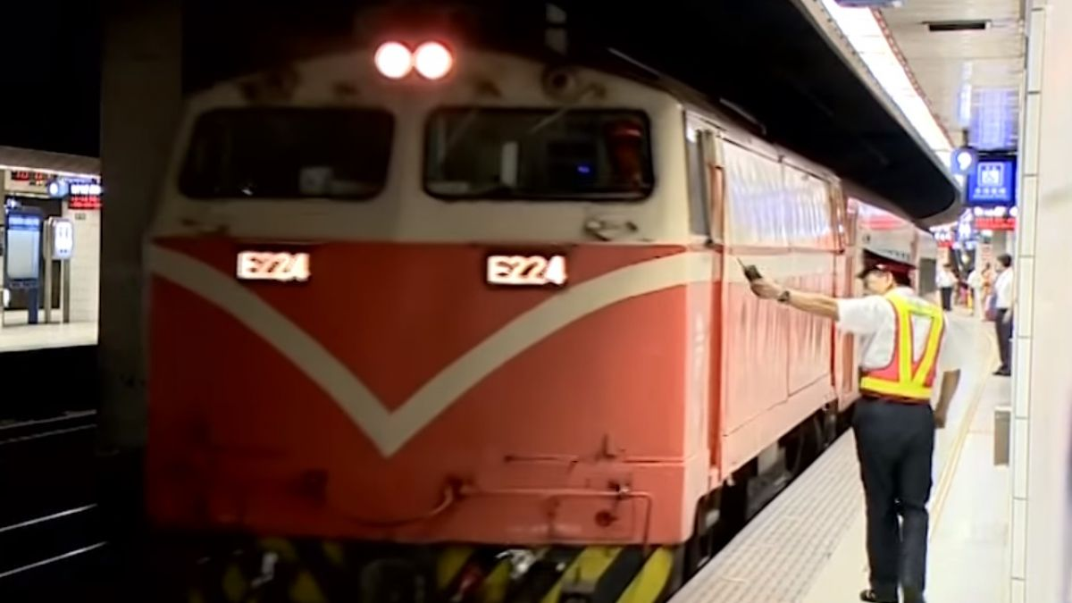 乘客睡過站走鐵軌 台鐵坦承清車有疏失