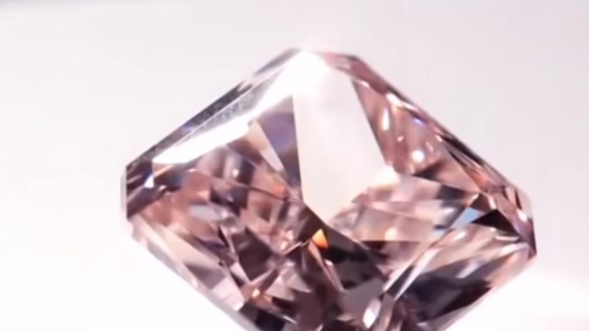 台北珠寶展覽遭鎖定! 5分鐘內盜2.1億珠寶