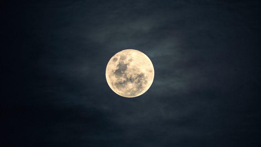 每年僅1次!超級月亮今現身 晚間11點一抬頭就看見