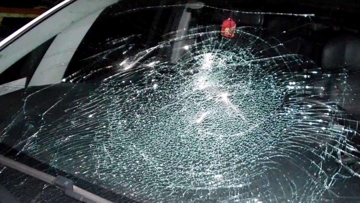 男子心情不好 竟稱狂哥拿石頭砸路邊車輛