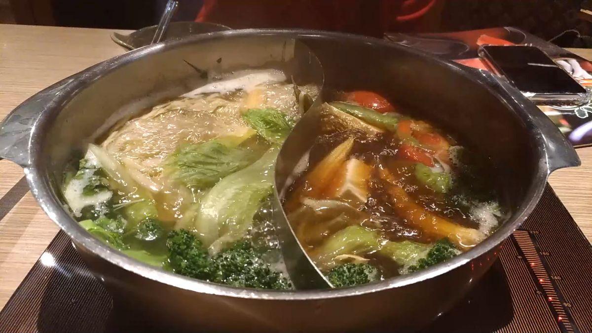 「壽喜燒風味鍋」沒附雞蛋 民眾怨味道不對了