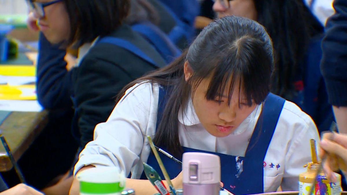 「彩繪月琴」延伸不同課程 主題性學習更多元