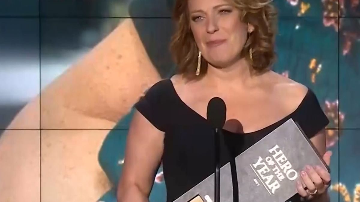 CNN2017年度英雄 她是咖啡店老闆娘