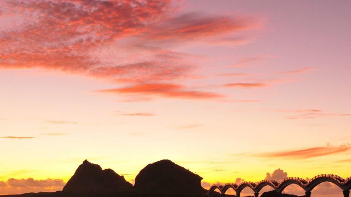 今年最後一道夕陽及明年第一道曙光  地點出爐