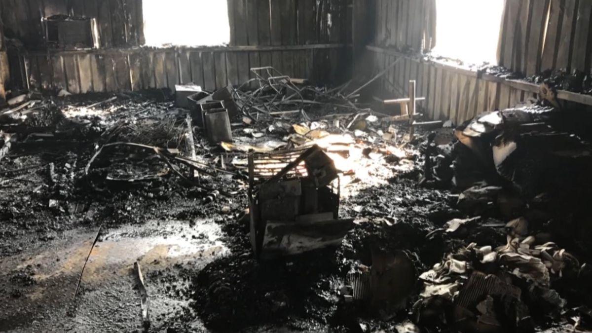 疑趕到醫院生產忘關電暖器 鐵皮工廠火警