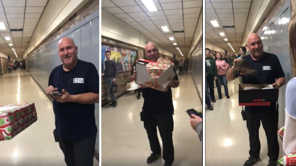 【影片】聖誕驚喜!暖心高中生合資送靴子 工友激動:我要哭了