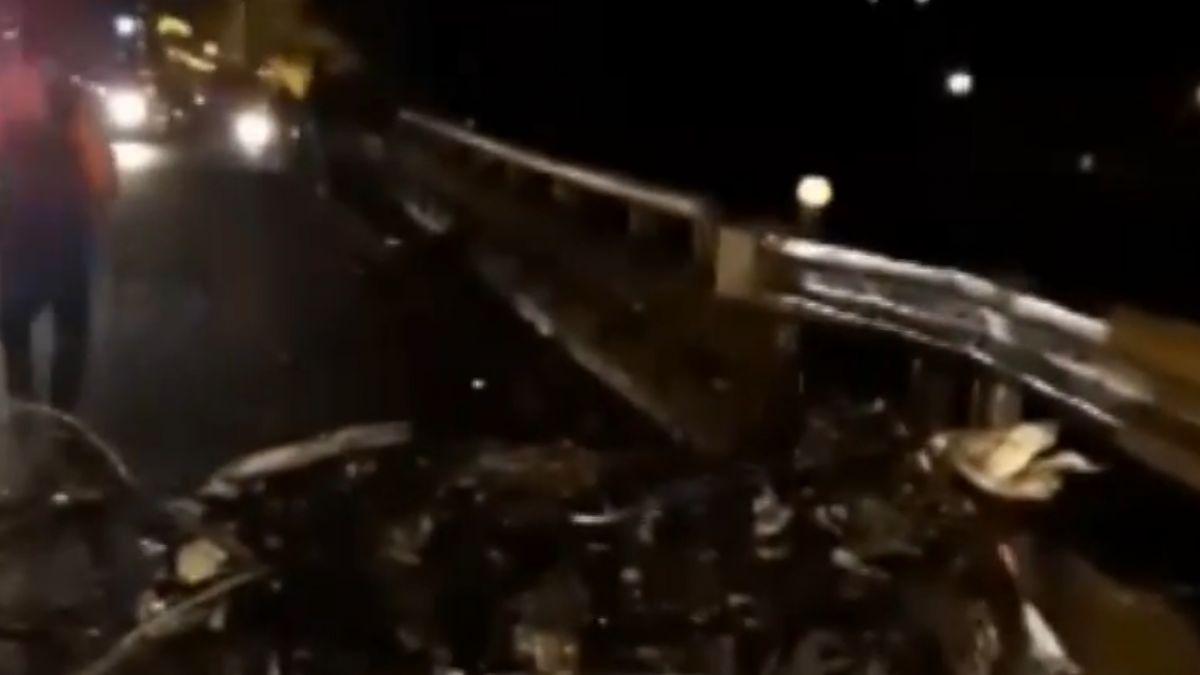 疑打滑失控! 濱海公路5車連撞 肇事車「斷頭」