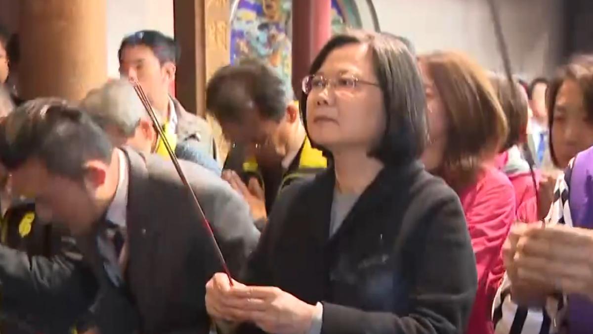 談台灣困境 總統:最低薪資三萬是我夢想數字