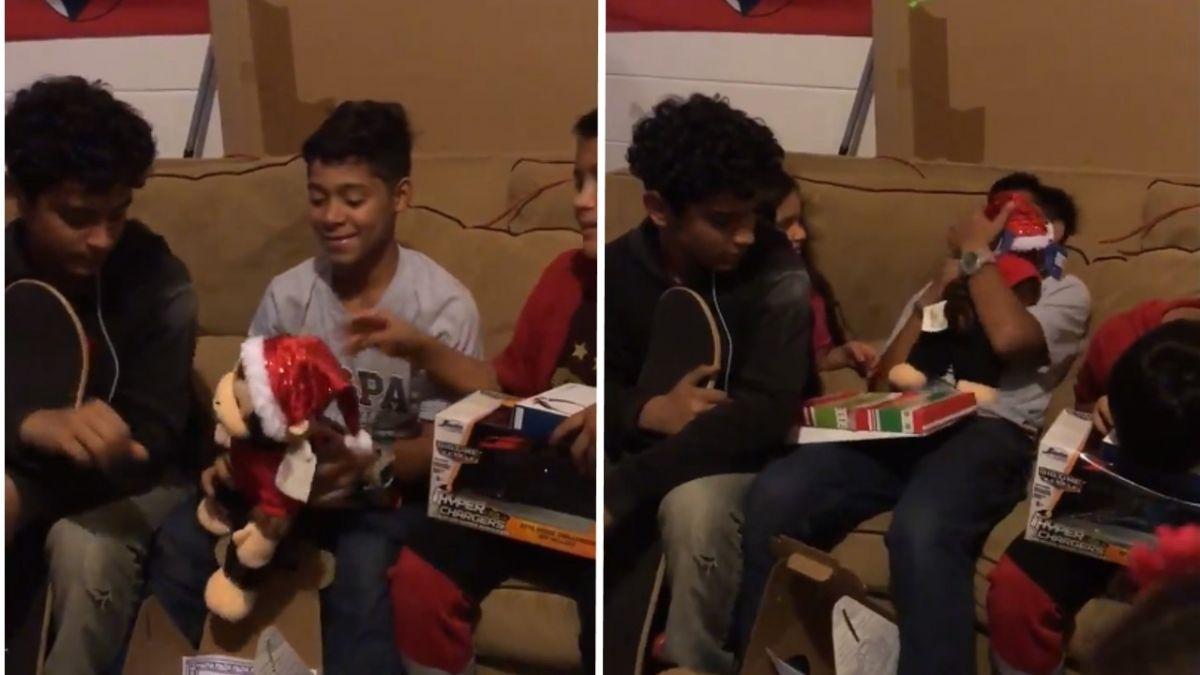 【影片】「永遠愛你」!玩偶藏已逝母錄音 男童拆耶誕禮痛哭