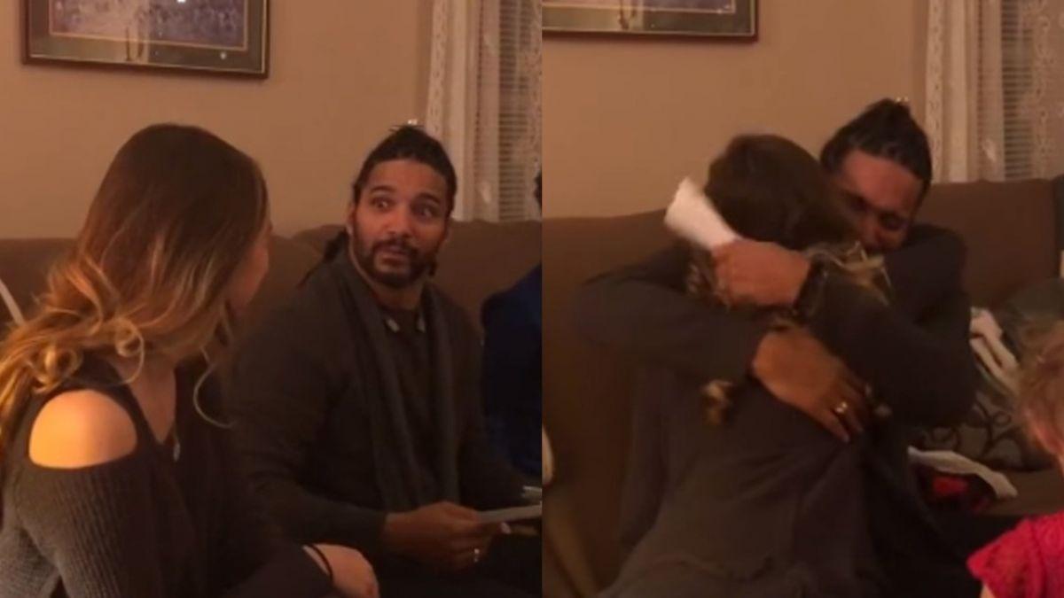【影片】「願意當我爸嗎?」18歲長髮妹準備超大禮 繼父激動爆哭!