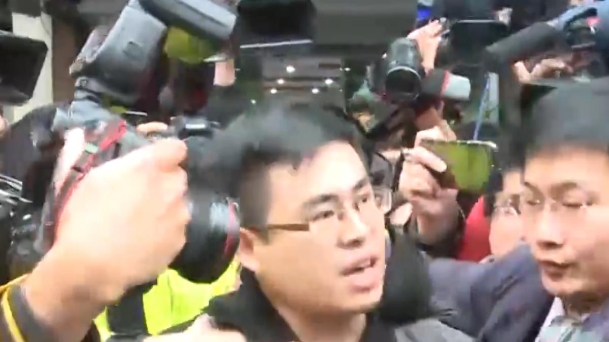 周旭泓稱網羅王炳忠、侯漢廷 國台辦資助