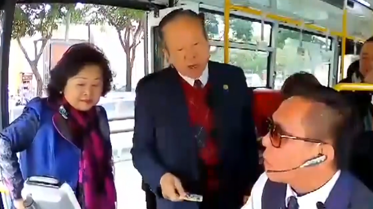 搭公車卡無儲值又不投錢 前中市議員嗆司機