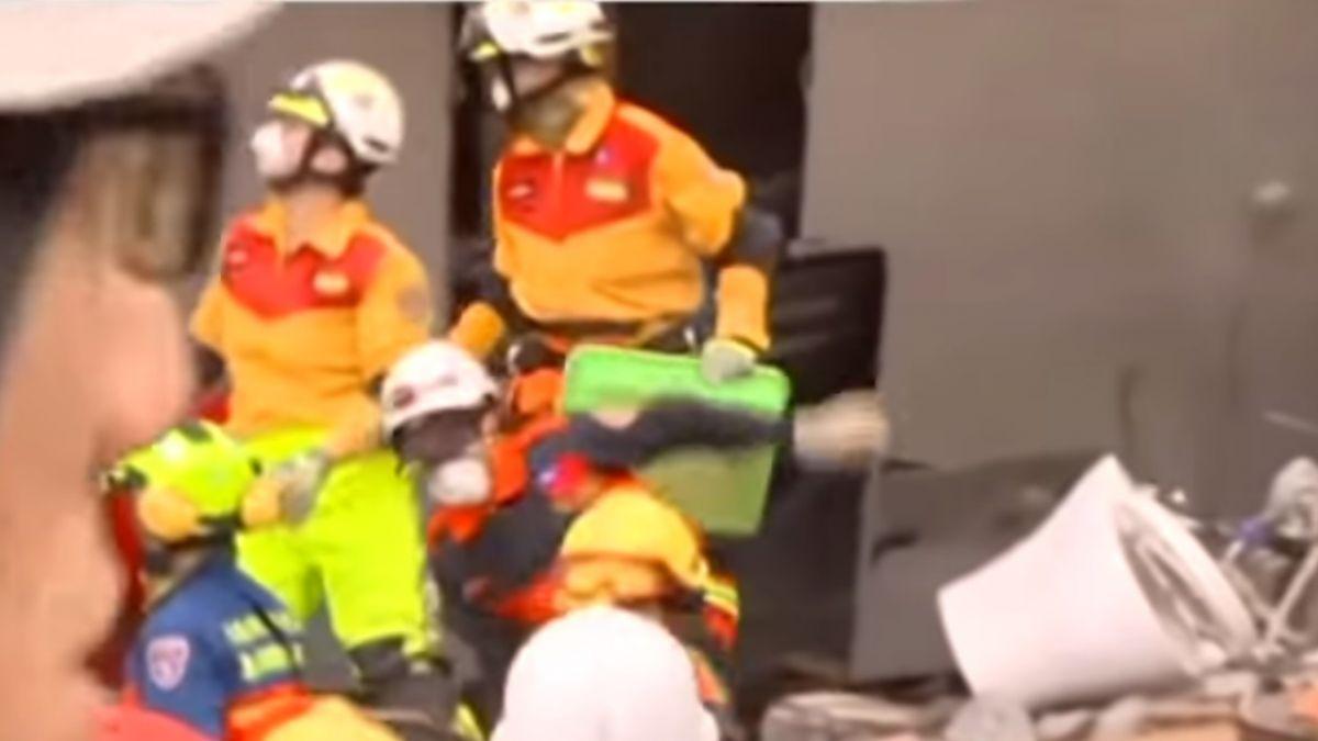 雲翠搜救最新 尋獲213房客衣物、201房客包包