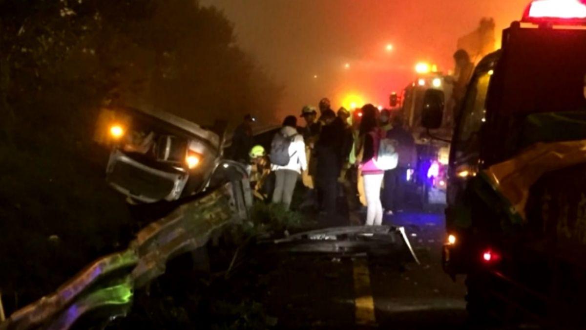 中市消防支援救災返隊 巧遇車禍現場即刻救援