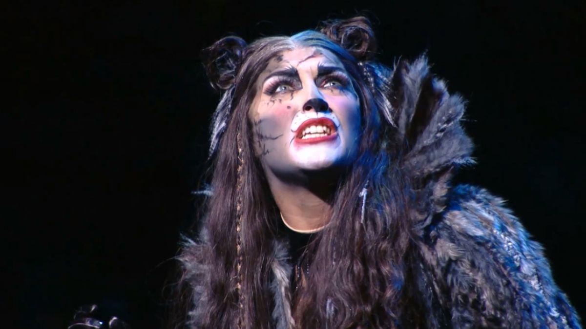 置身「貓」的奇幻世界 巨大舞台華麗登台