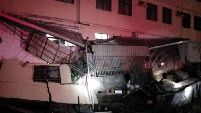 嘉義4民宅屋頂突塌陷 婦遭土石夾壓驚嚇求救