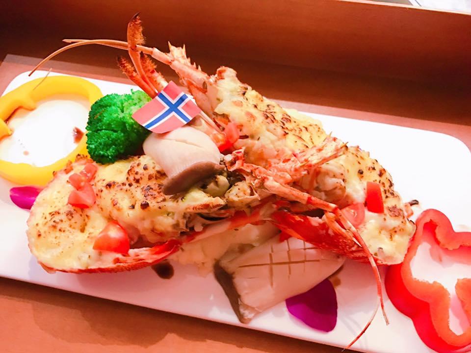 馮媛甄在安馨產後護理之家月子餐點-節日特餐-焗烤龍蝦