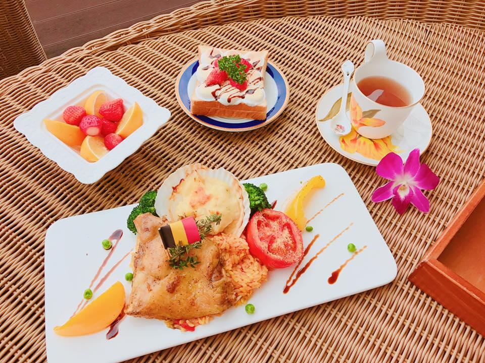 馮媛甄在安馨產後護理之家月子餐點-節日特餐-香草雞腿燉飯佐扇貝