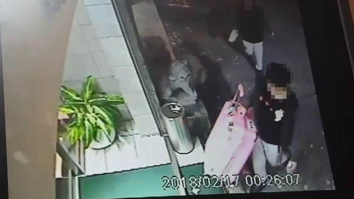 運屍畫面曝光!港男殺女友裝行李箱 搭捷運與民同行16站